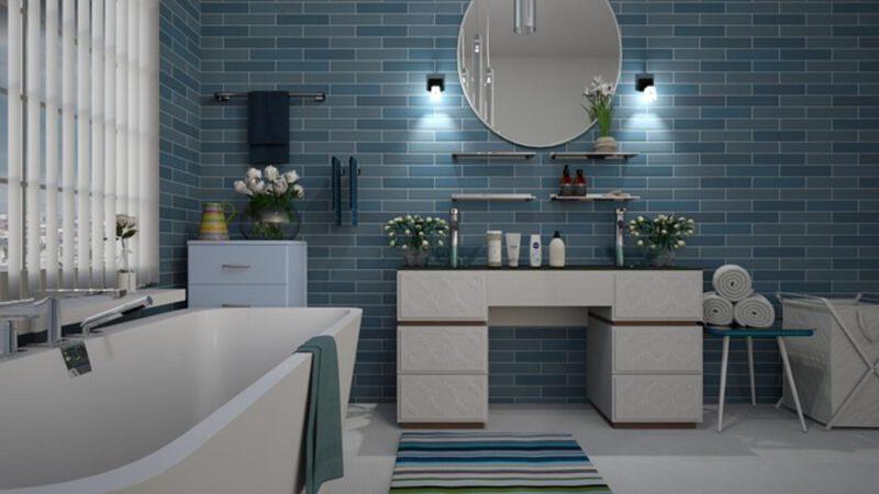 Jak układać płytki dekoracyjne do łazienki?
