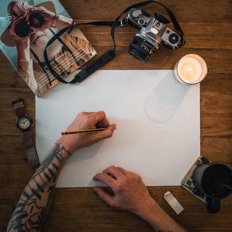 Jak pielęgnować kolorowy tatuaż typu rękaw? Co należy wiedzieć?